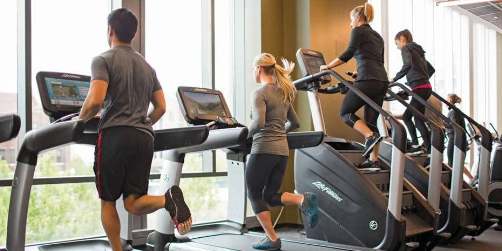 list of Top 10 Best College Fitness Centers