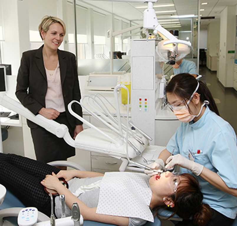 Top 5 Best Dental Universities in Canada 2016